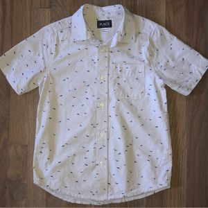 Children's Place Shirts & Tops - Boy's Blue Bird Print Poplin Button Down Shirt M